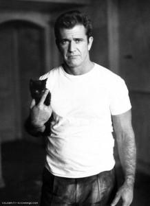 nostromo, agence de communication, se penche sur la photo d'acteur avec t-shirt